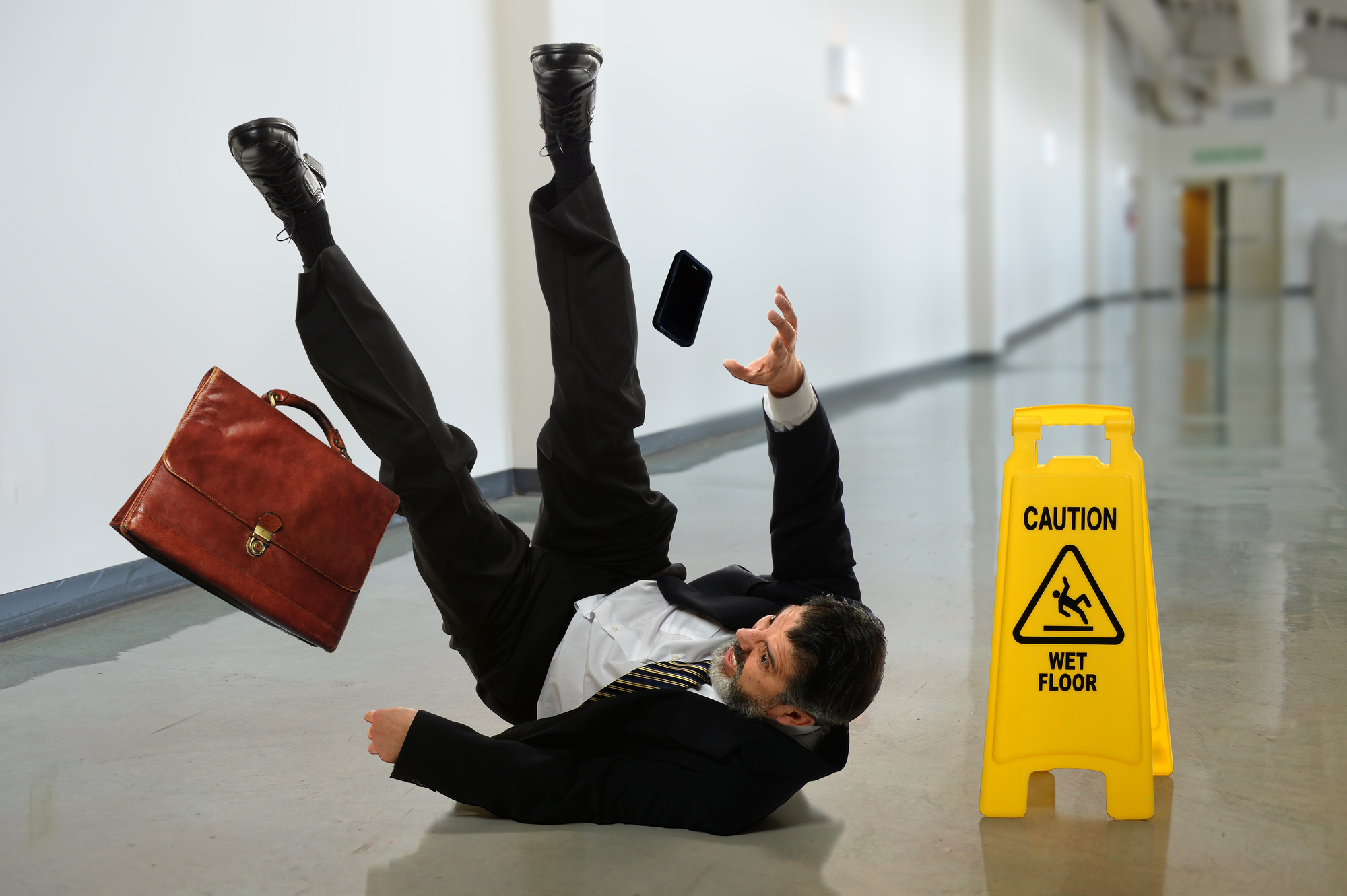 Take Pictures after a Slip and Fall Accident