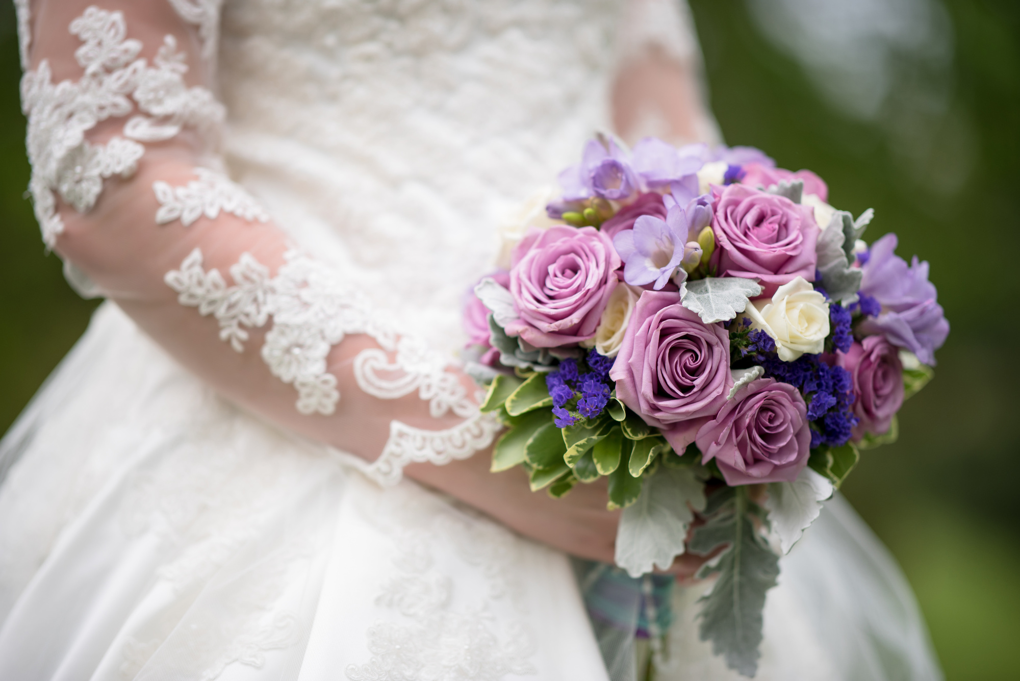 Top 10 flowers for the most beautiful wedding bouquets top ten zilla top 10 flowers for the most beautiful wedding bouquets izmirmasajfo